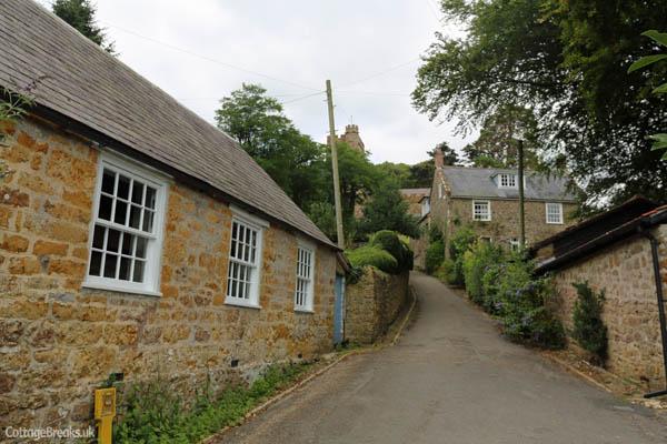cottagebreaks_netherburyvillage